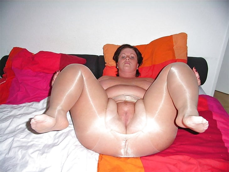 fat-bitches-in-pantyhose