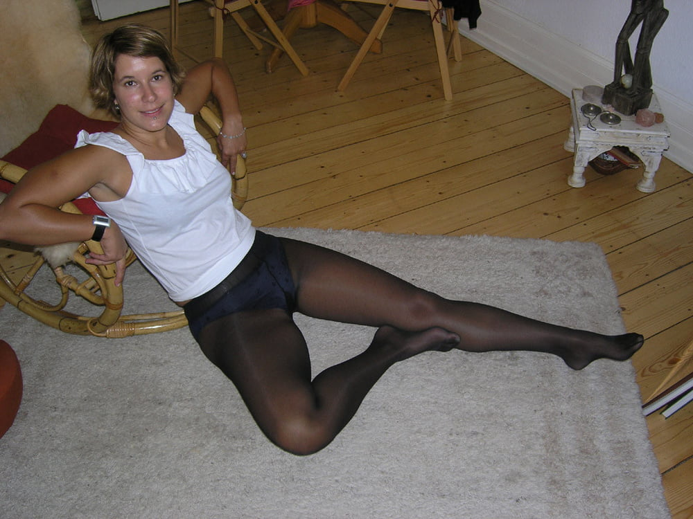 wives-pantyhose-parent-directory