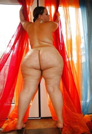 curvy women