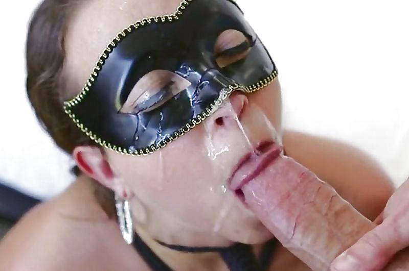 Смотреть порно маска, порно мужик засунул голову в пизде