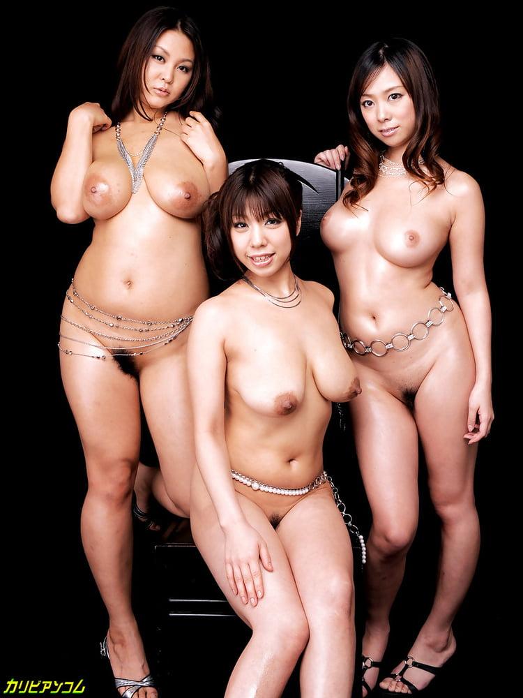 Sexy naked japanese women