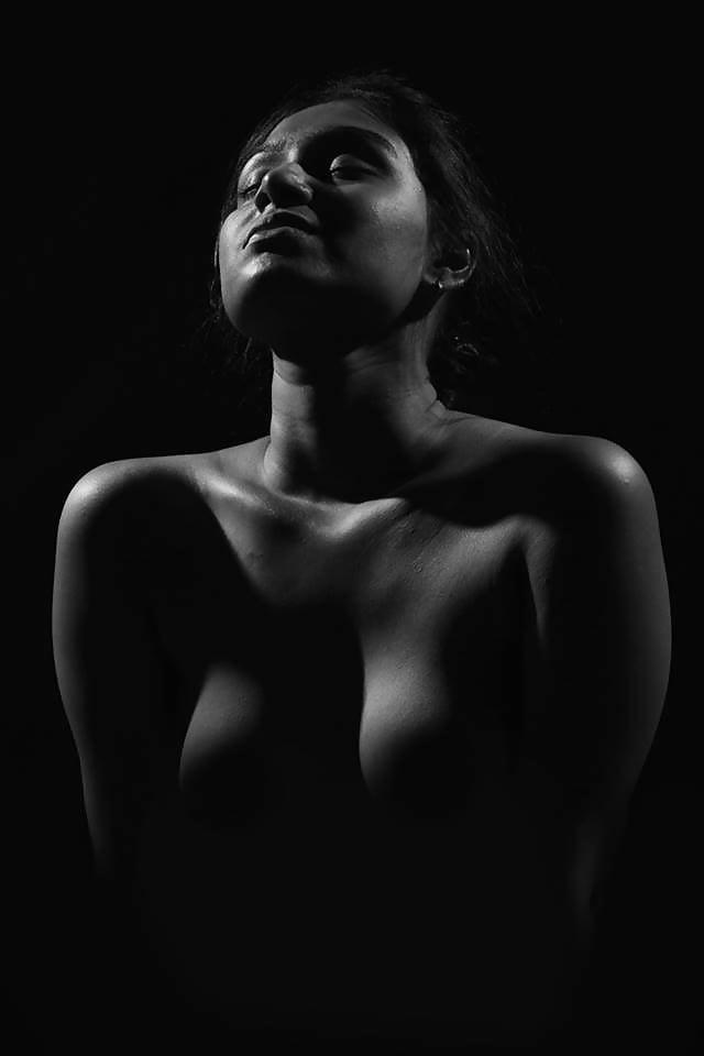 Indian nude photoshoot — photo 1