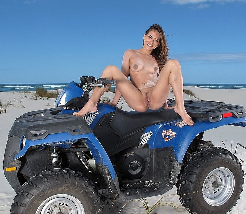 Naked on quad 7