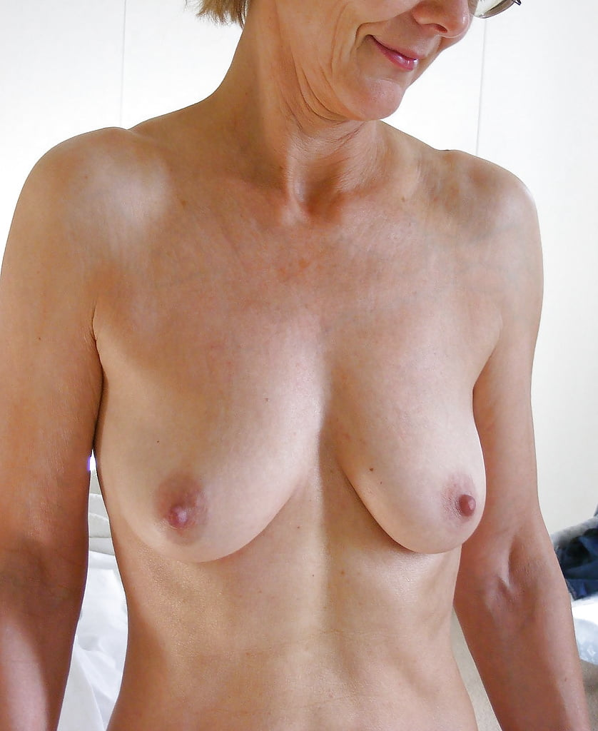 Milf small tits video-2275