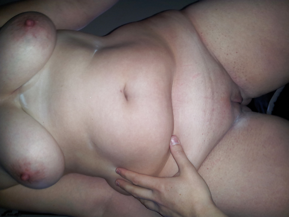 Free shaved pussy small titties pictures