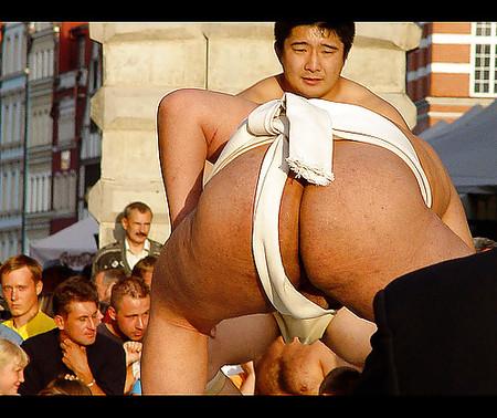 Sumo wrestler naked having sex