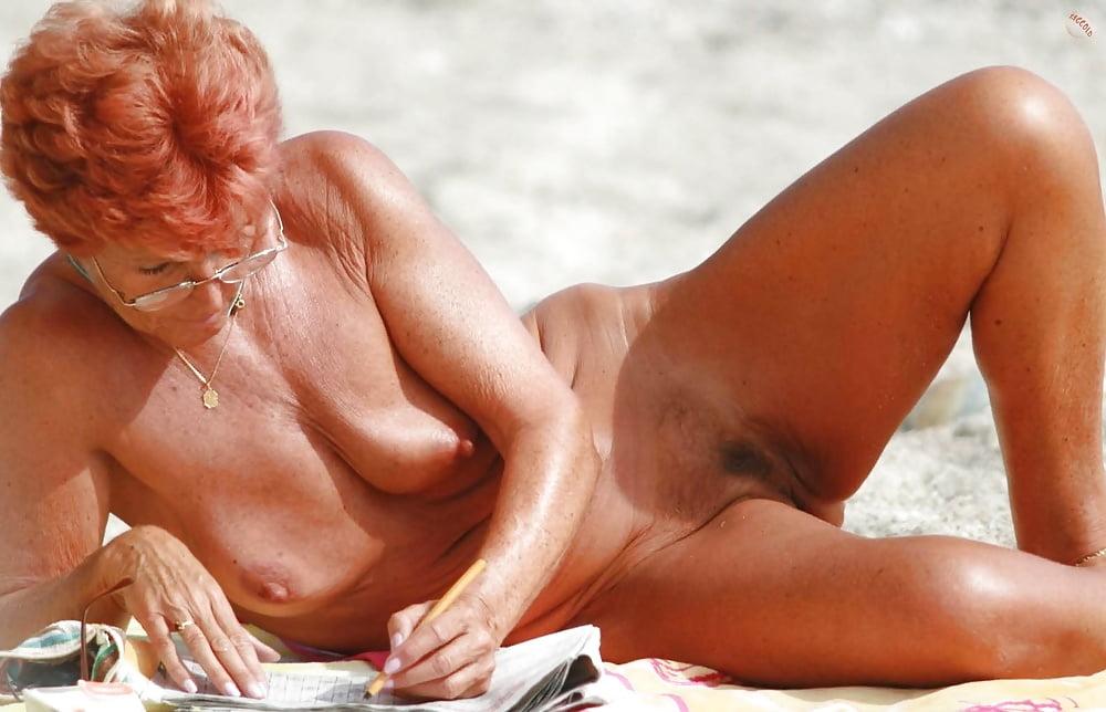 nude-sunbathing-grannies-carla-bruni-naked-video
