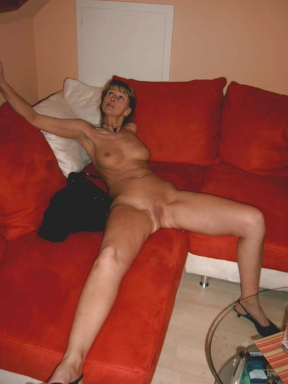 Chested young milf nude sofa pussy
