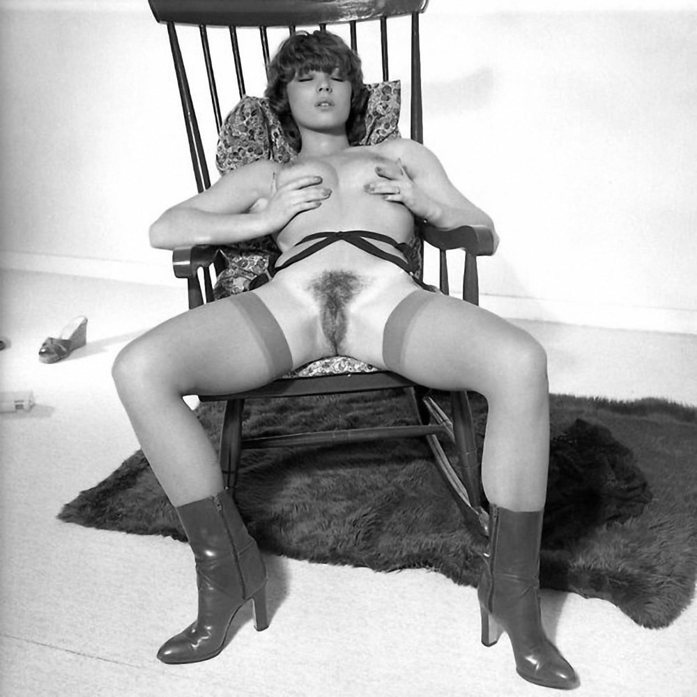 vintage-milf-pussy-thumbs-young-austaillian-pussy