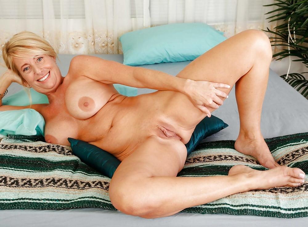 aunt-judy-nudes