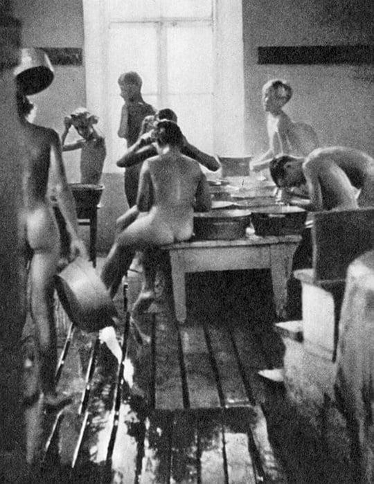 Эротика с комсомолками, военное кино порно дрочка мужиков