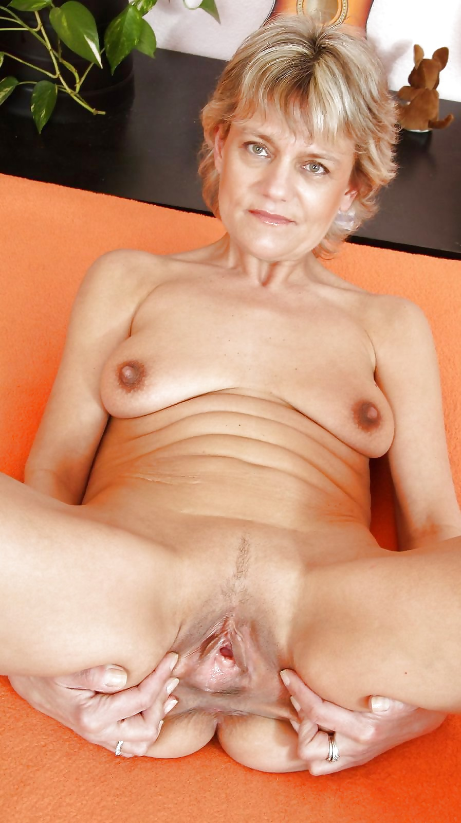 Mature women looking for fun-8297