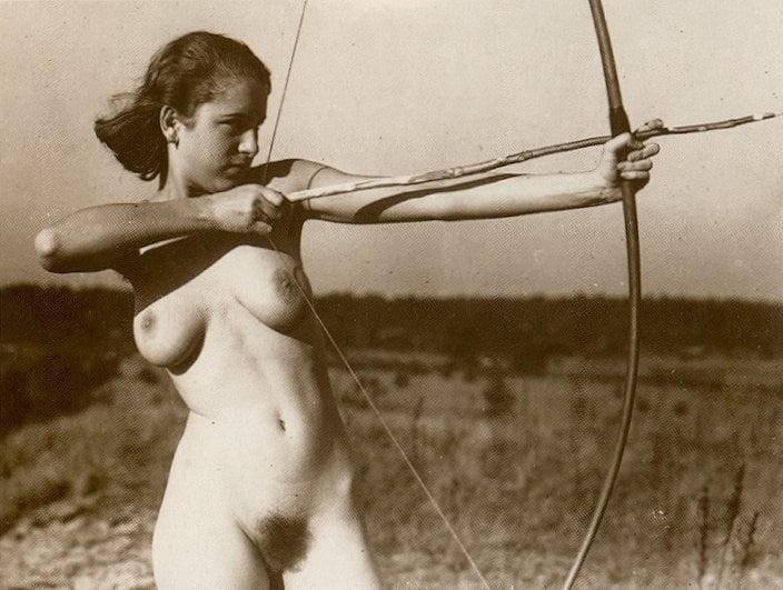 Зрелые женщины в порно в третьем рейхе — pic 12