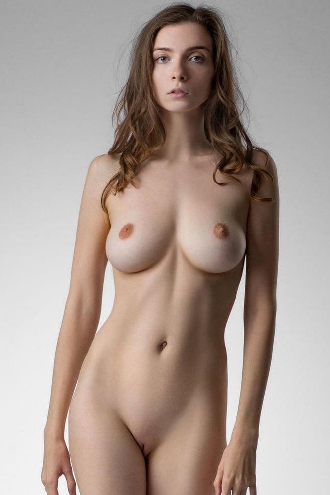 Simple nude woman