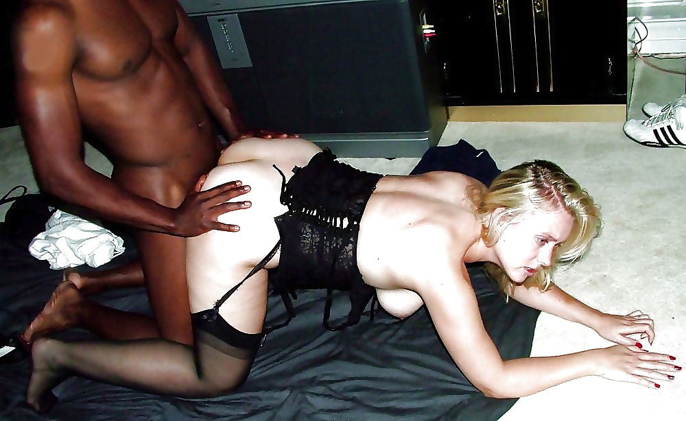 Atlanta blonde wife fucking black — photo 8