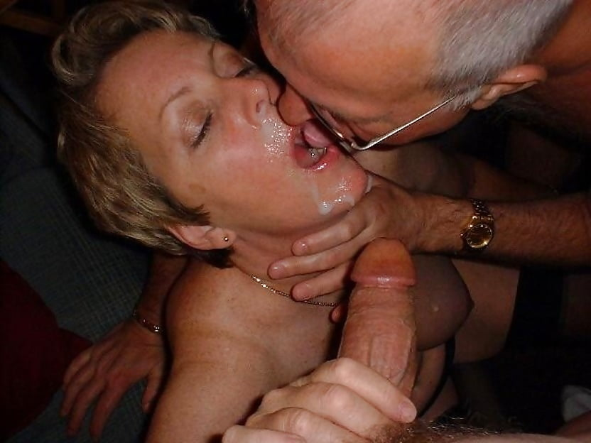 жена любит сосать член мужа и его сперму видео