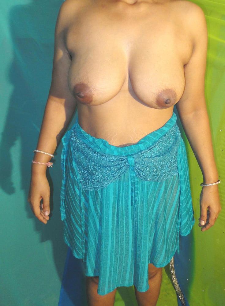 Sri lankan big boobs aunty