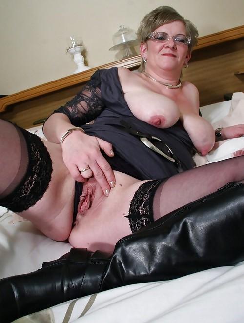 фото старых бабка шалав