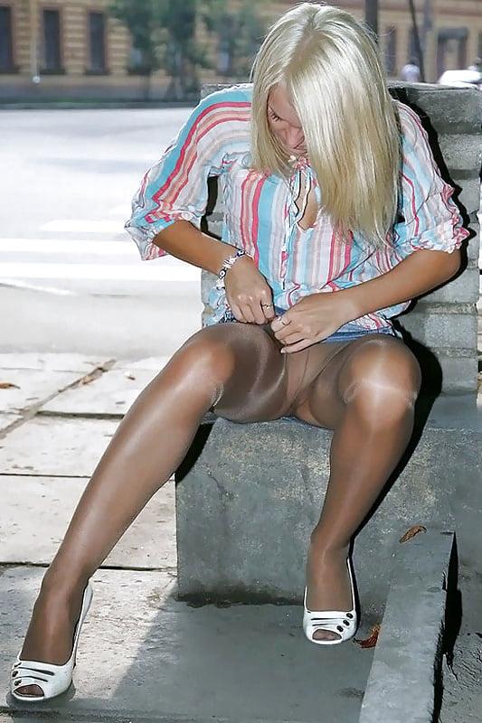 Sex movies amateur flashing pantyhose photos hot girl
