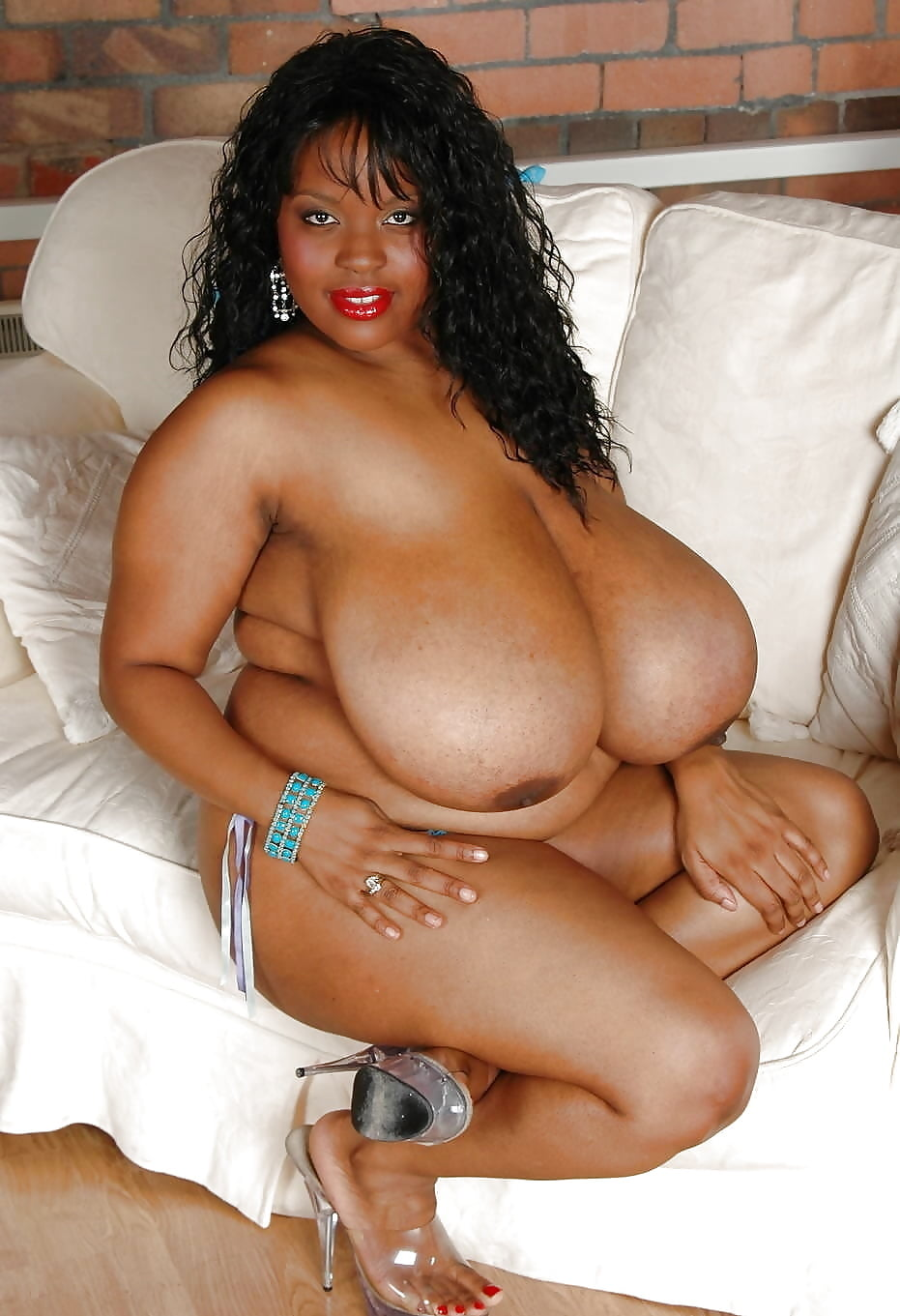 Porn fat black chicks with big boobs toe pussy pictures