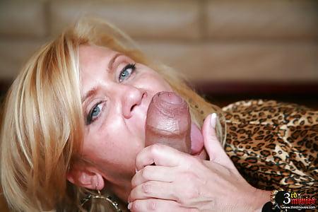 Ginger lynn sucks cock