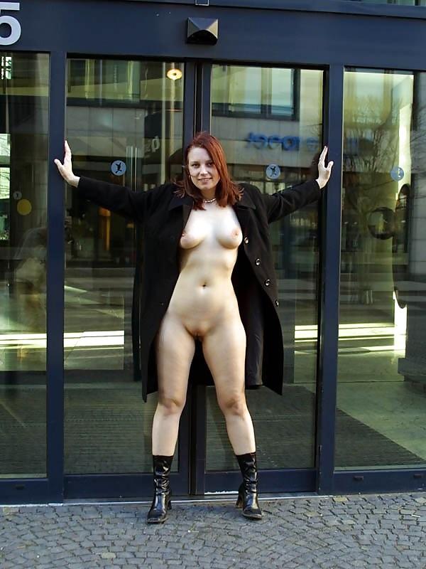 Порно под пальто, смотреть эротическое видео о немецком сексе