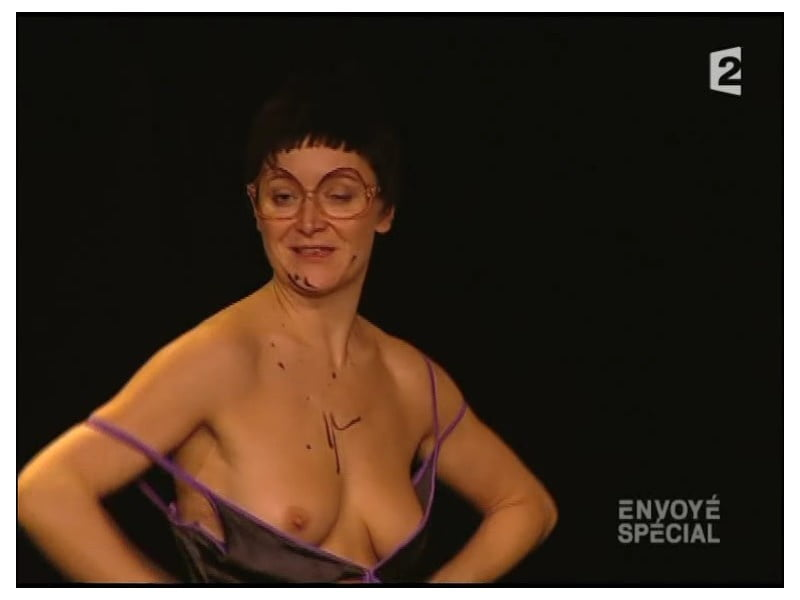 Nude julie ferrier Julie Ferrier