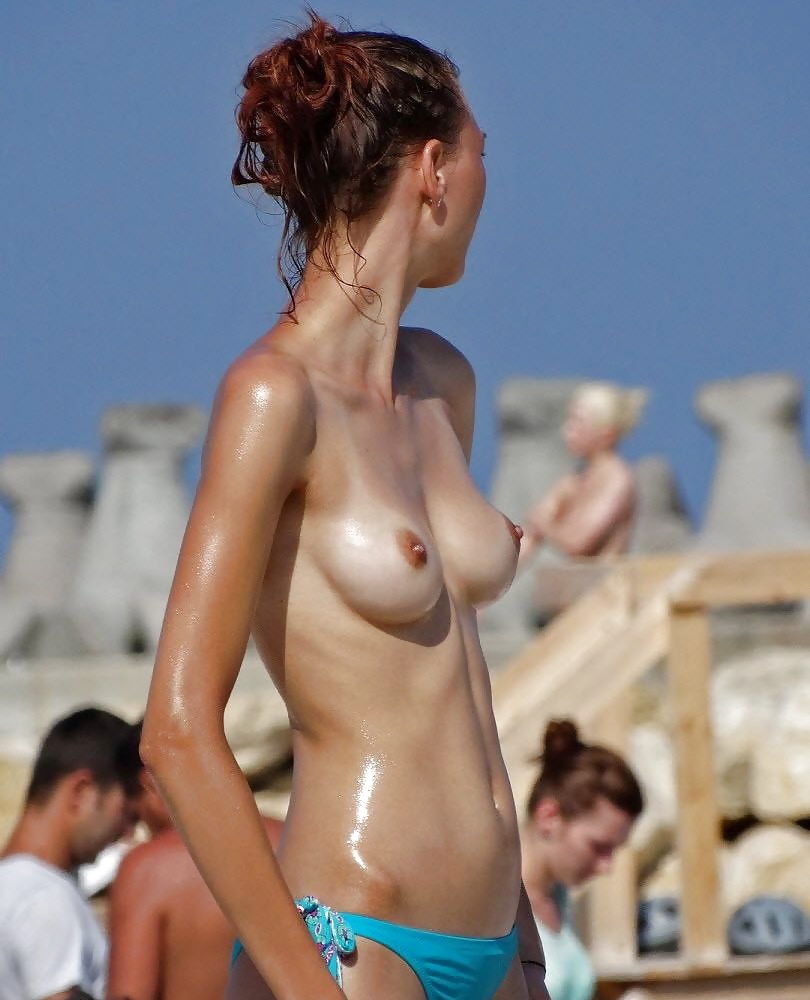 amateur-with-hard-nipples-in-bikini