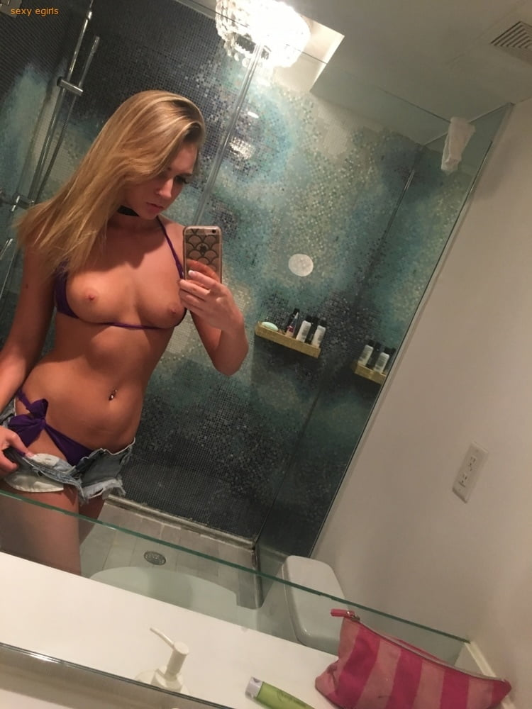 Zoey Taylor Nude Leaked Videos and Naked Pics! 80