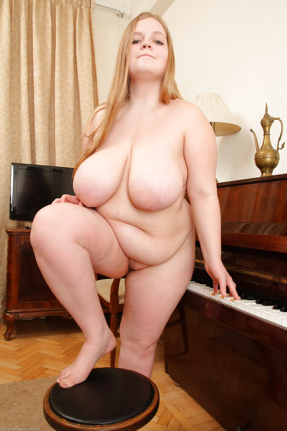 Sexy young thick girls-8604