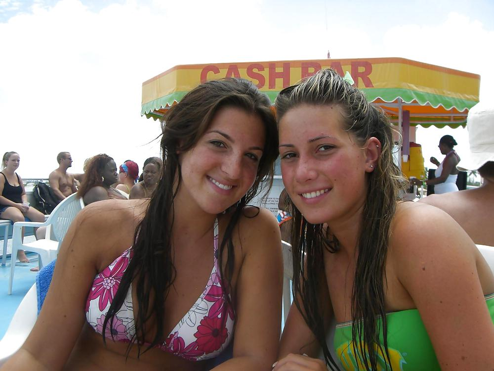Girls Bikinis