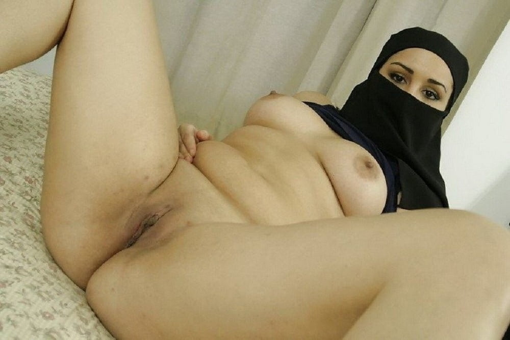 Muslims sex showing women naked, catching my wife fucking
