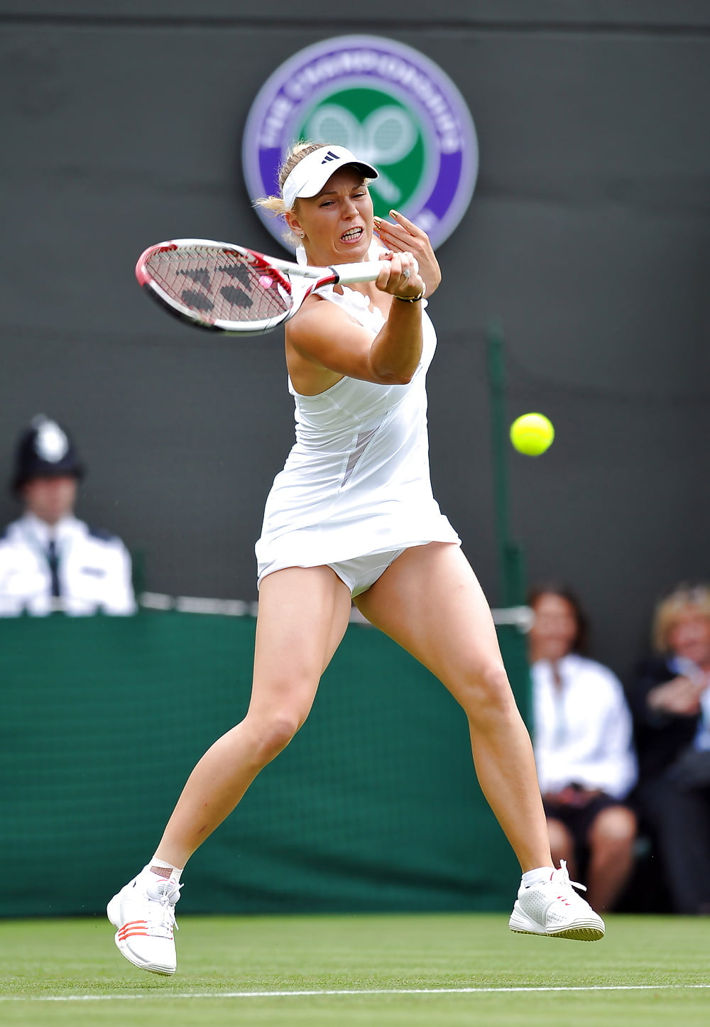 Tennis Upskirt, Oops Martina Hingis