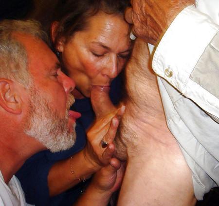New Sex Images White girl licks black girl