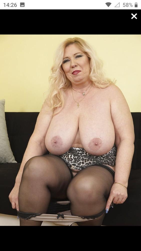 Curvy mature pictures