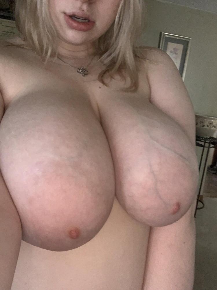 Reddit titties
