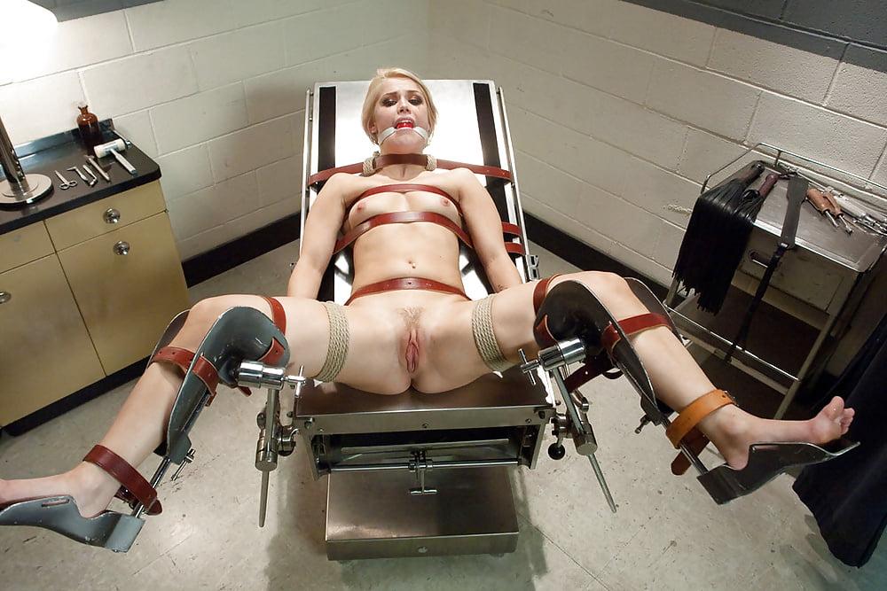 naked-women-having-surgery-black-girls-fucking-machines
