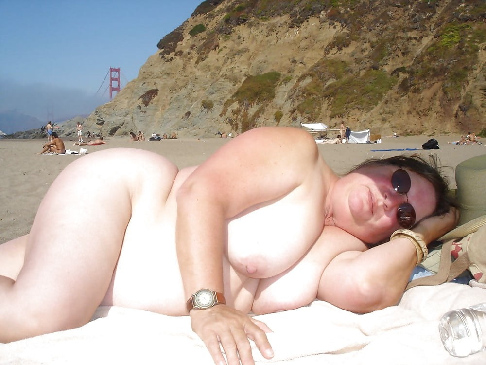 Blonde bbw on the beach, onani girl porn pucture
