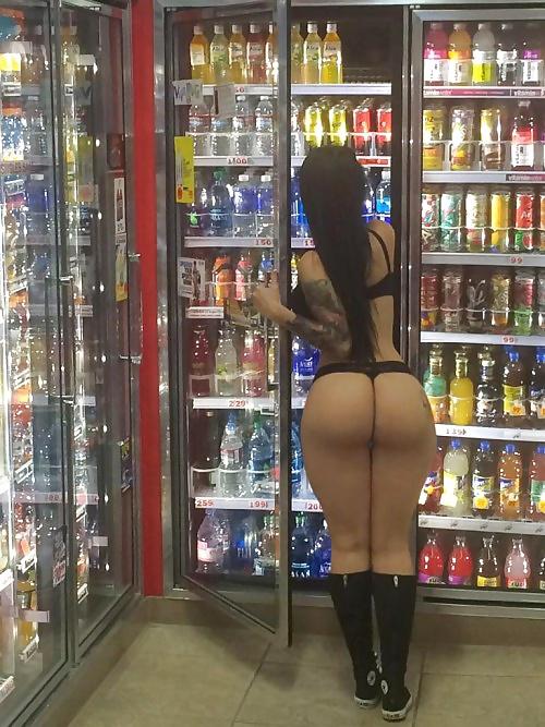 Big booty public porn-3113