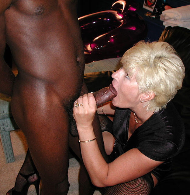 Spicy mature cheating whore
