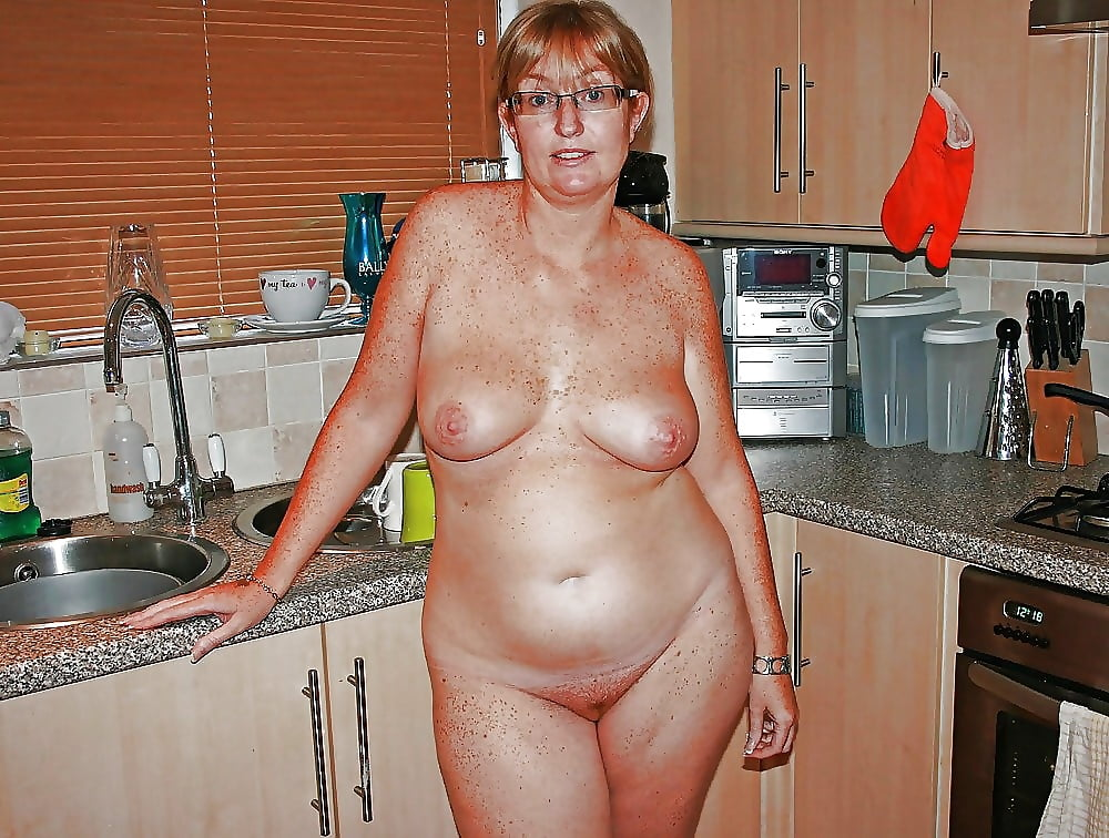 Milf old women mature housewife picture