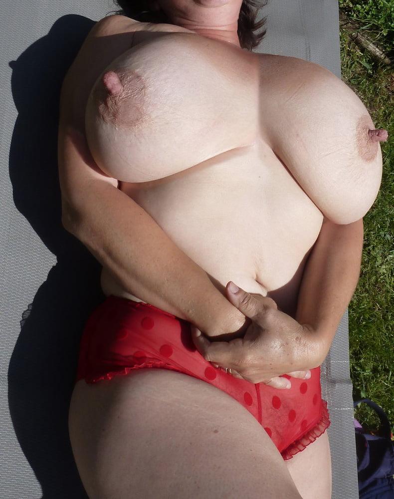 Big Boobs Mature Sex Pics