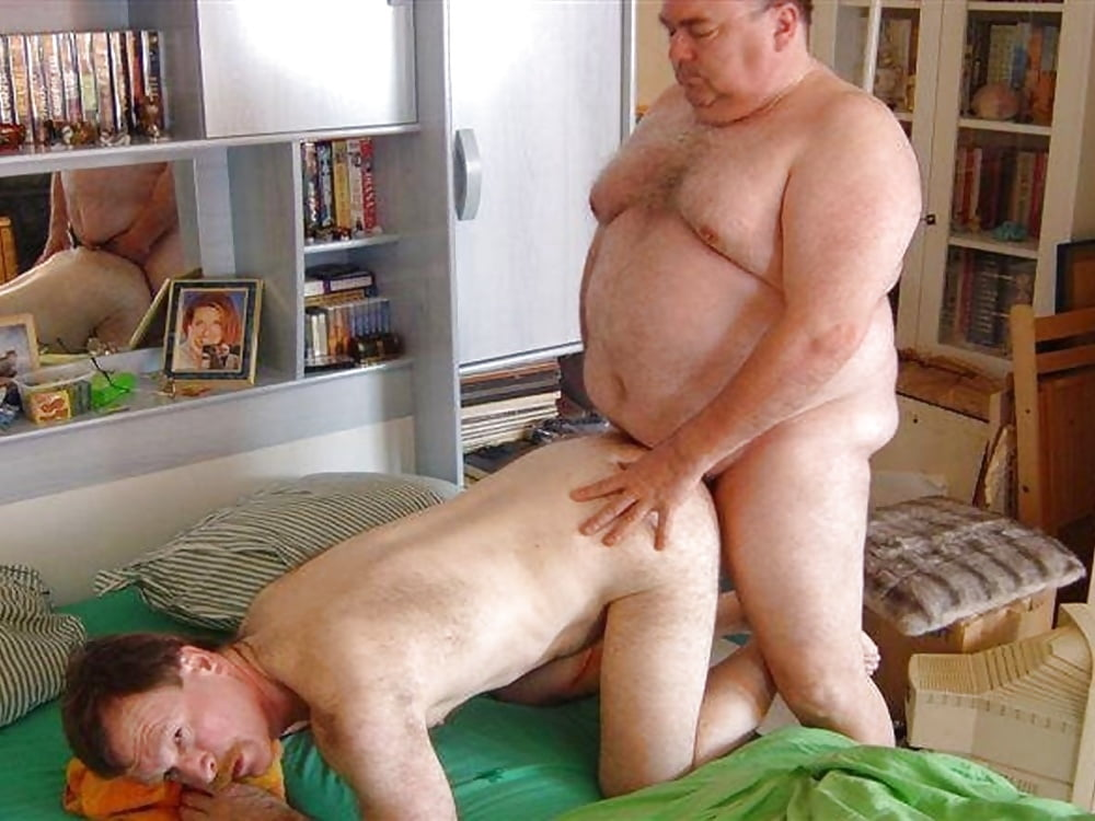 Fat dad fucks daughter — pic 14
