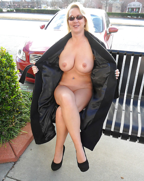 mature-nude-boob-flash-wwe-girls-wrestlers-nude