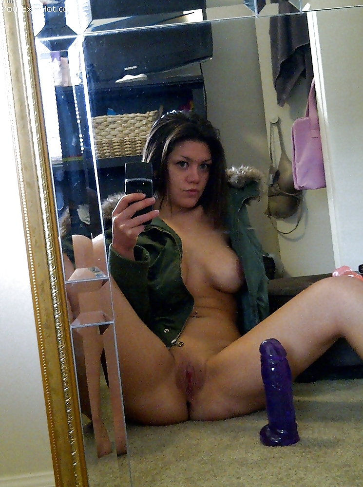 Slutty cell nudes, pornstar self shot