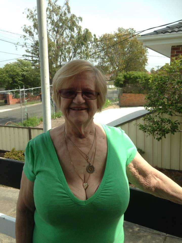Granny cleavage