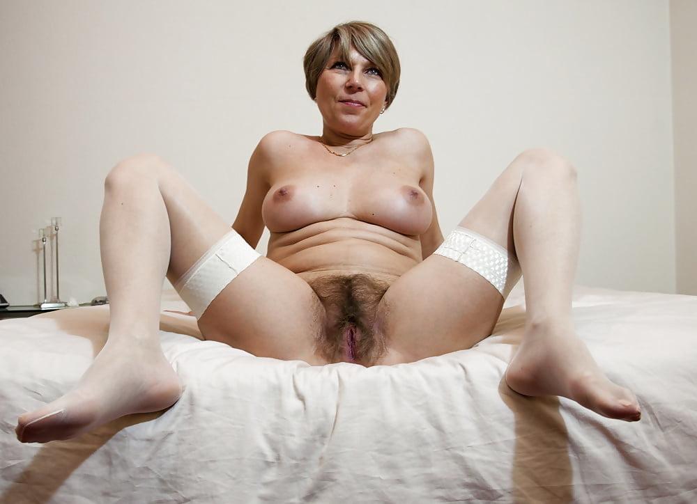 Hairy mature anal porn pics