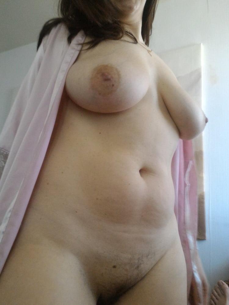 Mature mom hidden cam