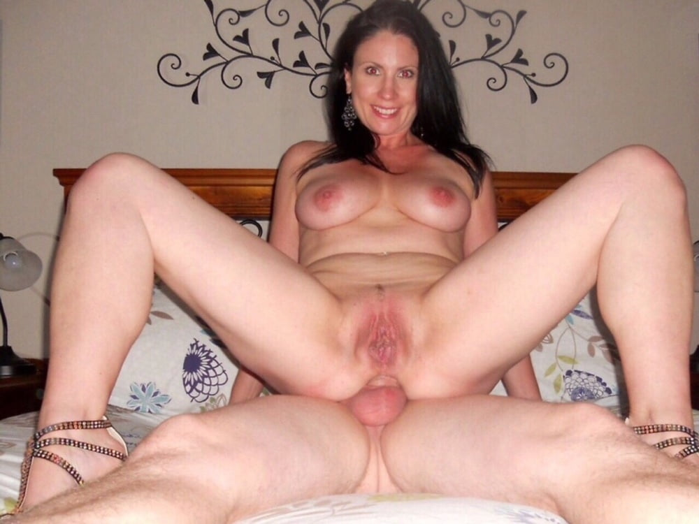 Old wife having sex