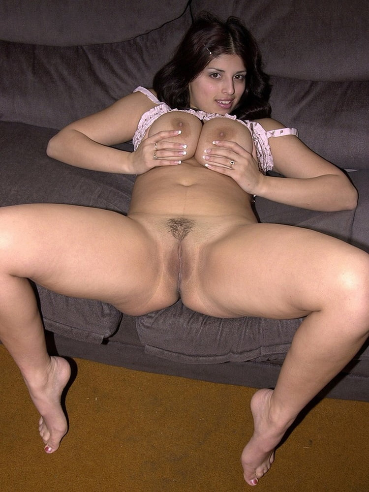 Thick leg nude wife — photo 15
